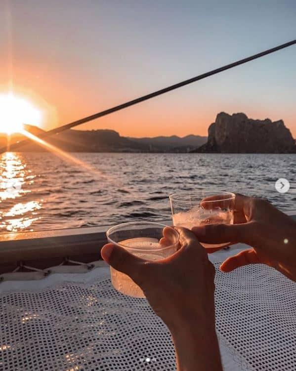 Puesta de sol catamaran valencia